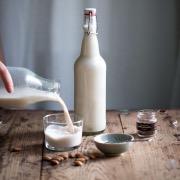 Бутылка молока