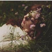 толкование снов приснилась знакомая девушка